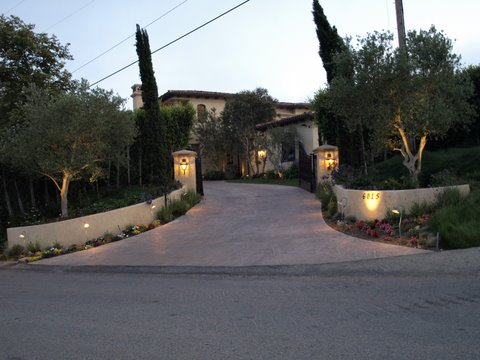 Newbury Park Outdoor Lighting